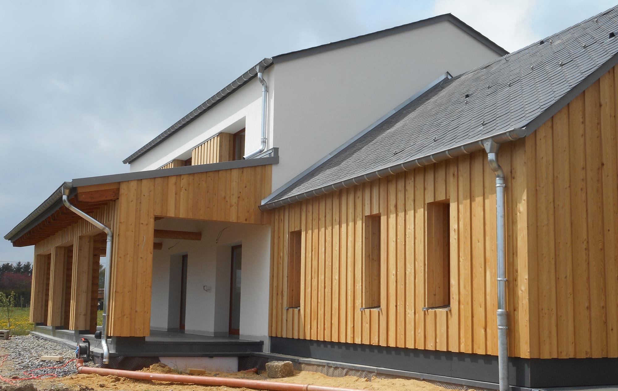 Fassadenplatten Holz holzfassaden schreinerei innenausbau holzbau charpente garry